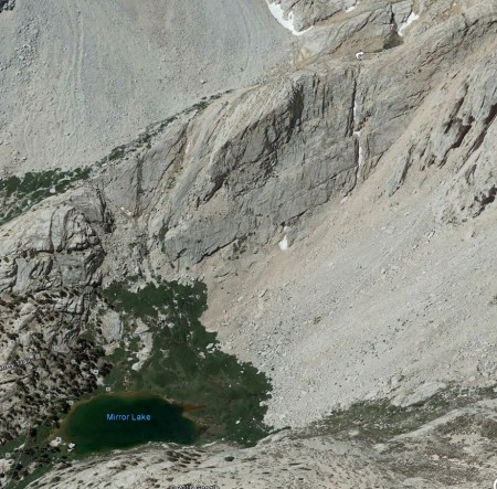 Cliff_and_chute_above_Mirror_Lake.jpg