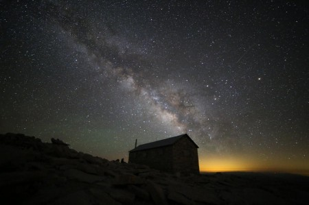 Milky_Way_from_the_summit.jpg